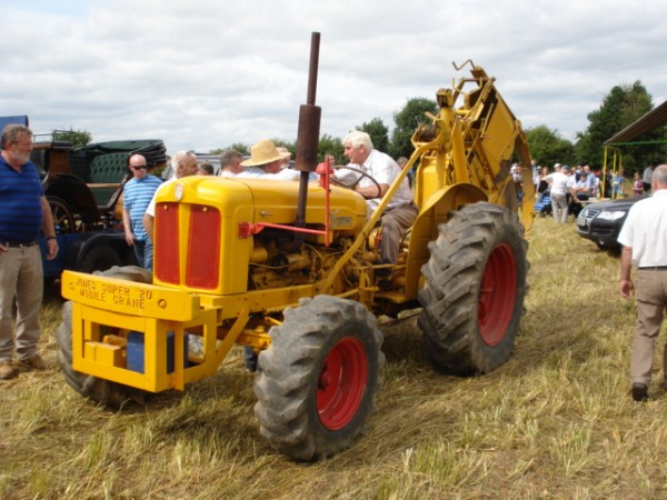 an-industrial-fordson-diesel-major-with-a-howard-trench-cutter